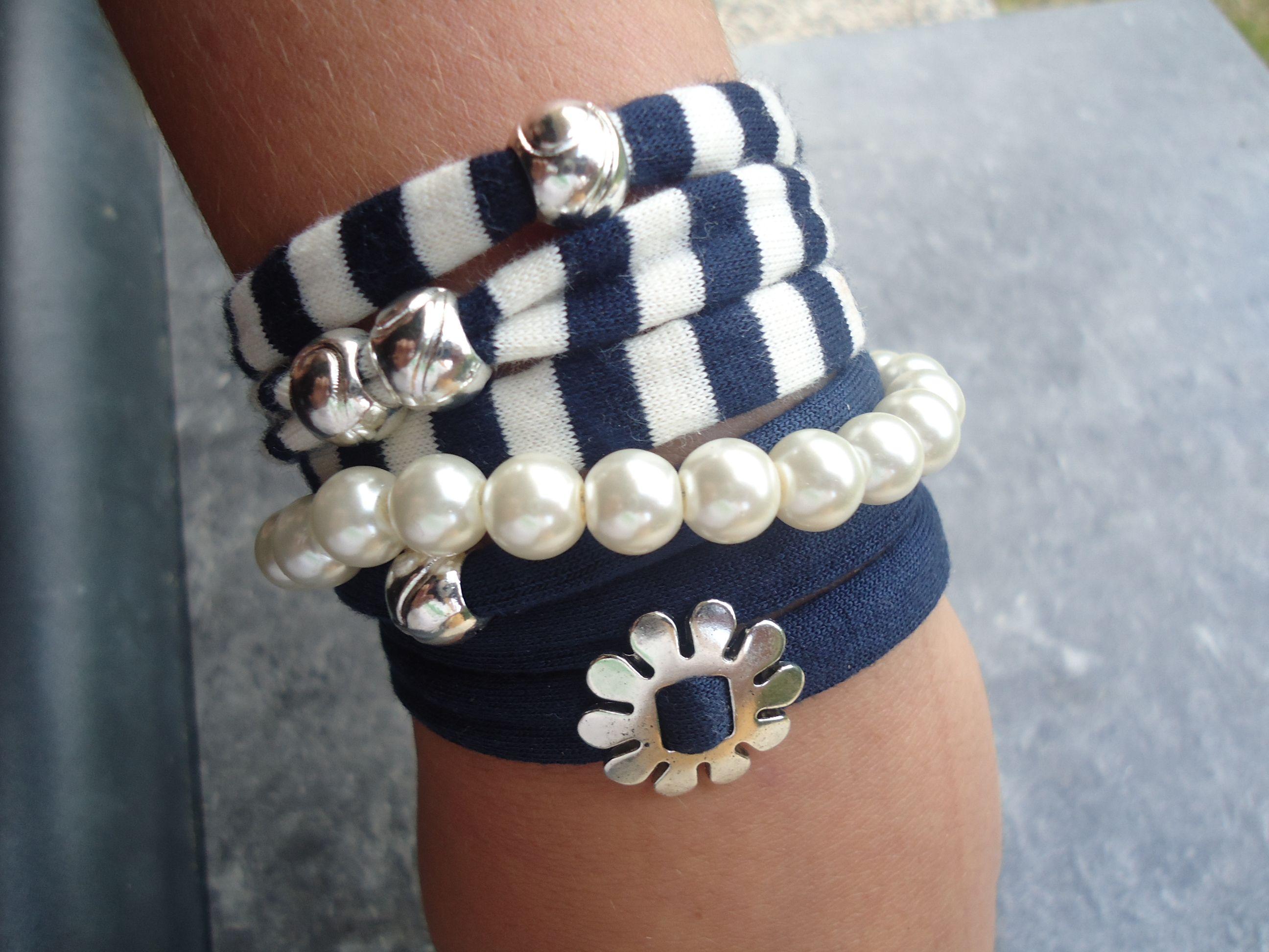 Conjunt de braçalets cotó amb peçes plata tibetana i braçalet perles. byusbisuteria.blogspot.com