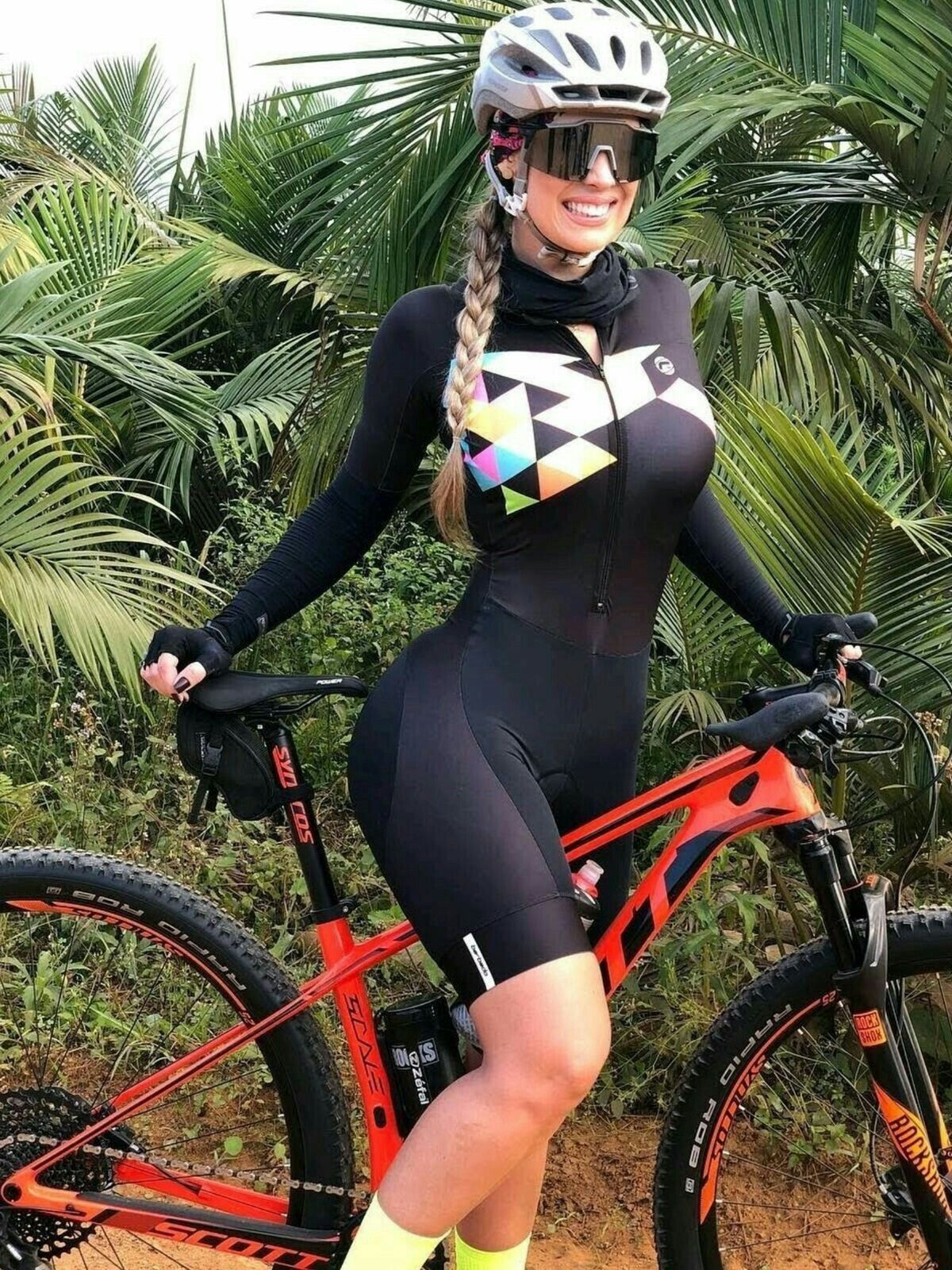 Curves And Lines Women And Bikes Bicycle Women Cycling Girls