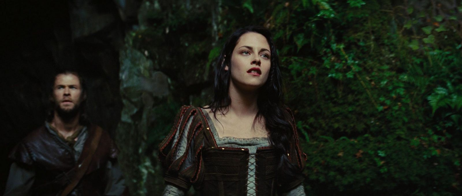 Snow-White-and-The-Huntsman-image-snow-white-and-the-huntsman-36290268-1920-816 | by roselina.stenz