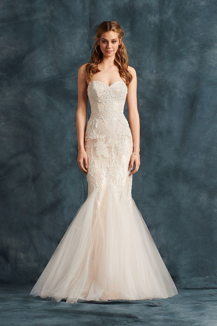 Soft tulle mermaid with delicate hand embroidery - Atelier Eme 2017 Wedding Dresses | fabmood.com #weddingdress #ateliereme #bridal #bride #weddingdresses2017