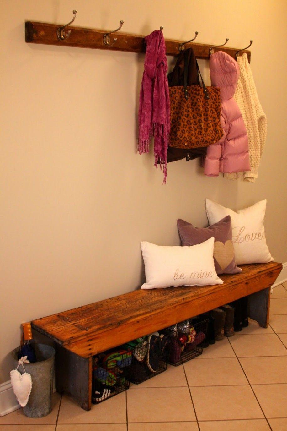 Entryway bench | home improvement | Pinterest | Decoración
