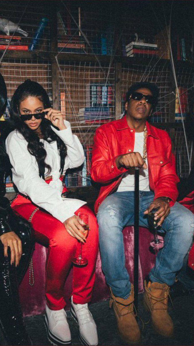 Beyoncé & JayZ as Lil' Kim & Biggie at Kelly Rowland