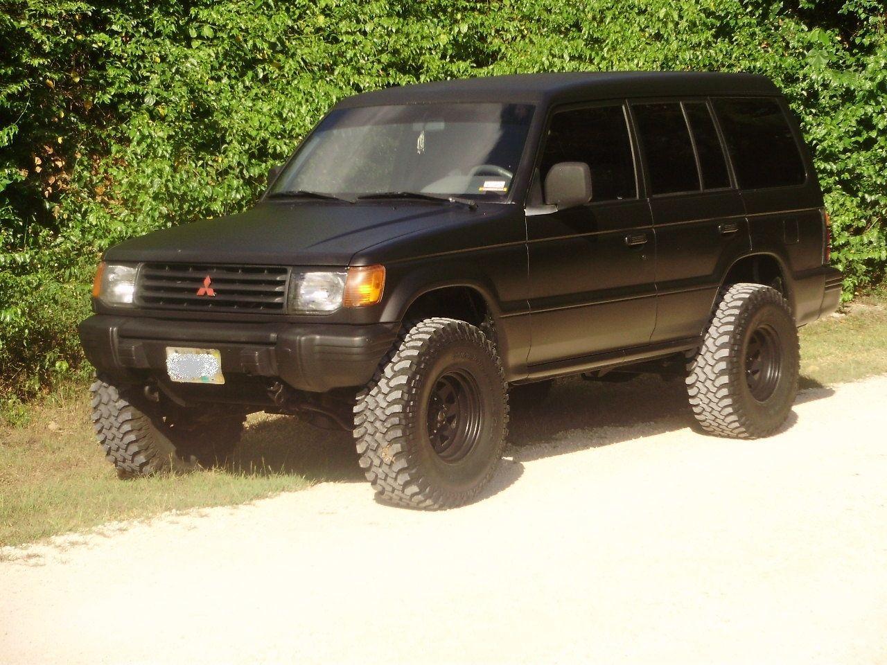 CeeBlurry498 1997 Mitsubishi Montero 14372439 Mitsubishi