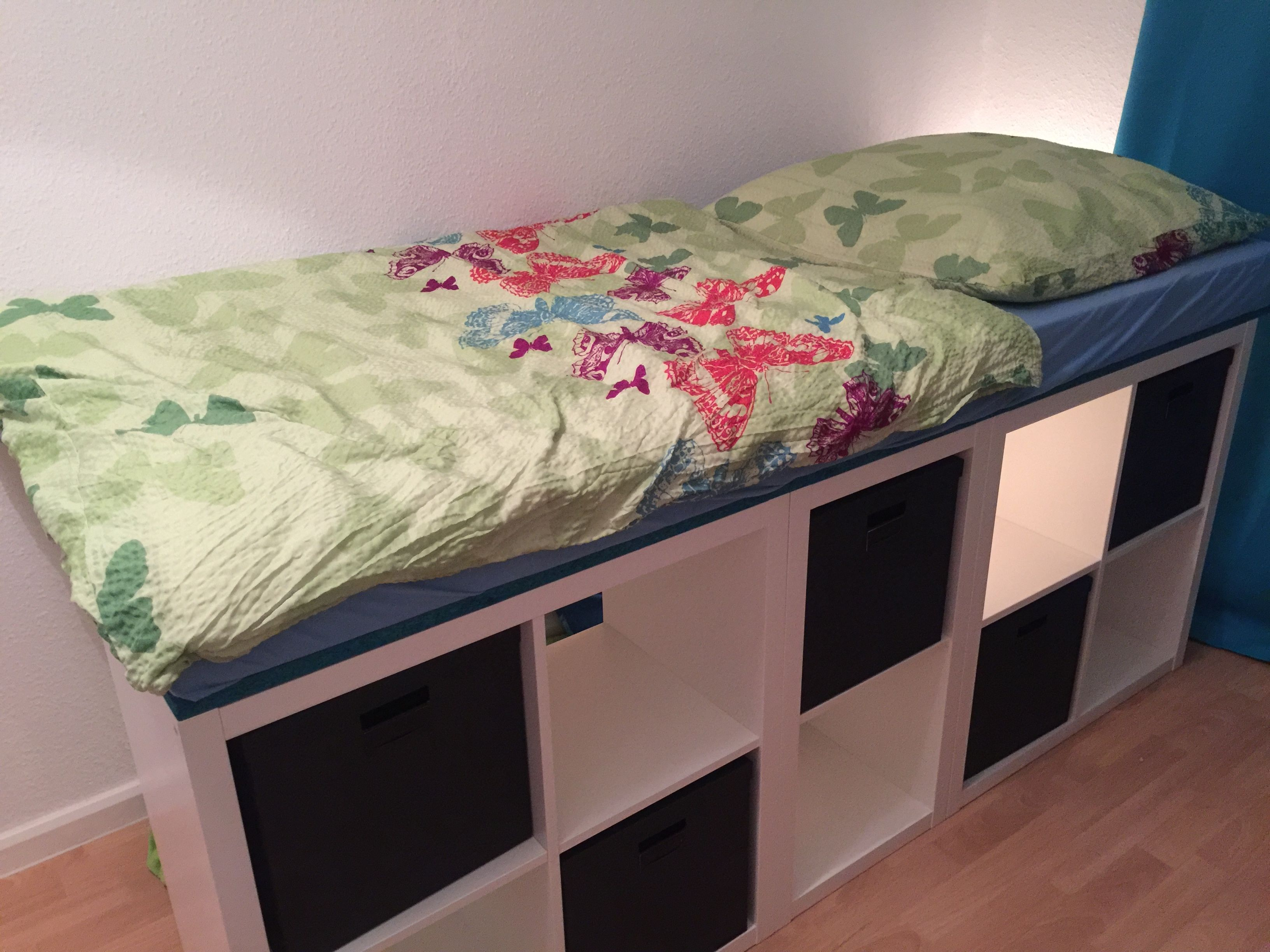Bett Inklusive Lese Hohle Via Kallax Regale Kallax Ikea Bett Mit