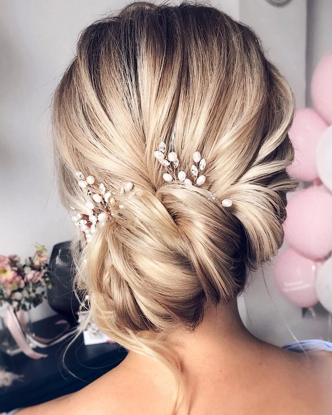 30 Beautiful Prom Hairstyles That Ll Steal The Night Best Prom Hairstyle Ideas B Long Hair Wedding Styles Wedding Hairstyles For Long Hair Bridal Hair Updo