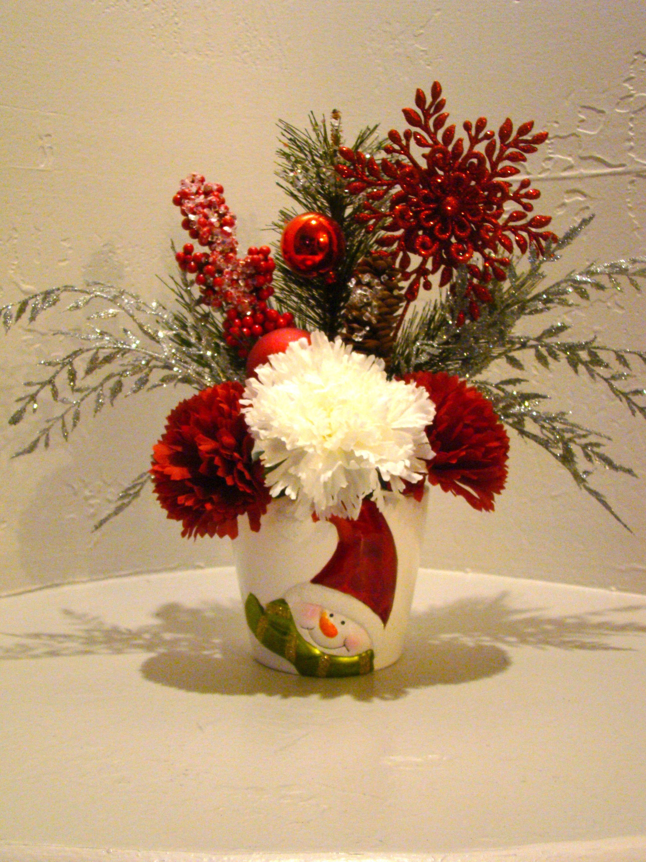 Christmas flower arrangements christmas silk floral arrangement christmas flower arrangements christmas silk floral arrangement 3009 mightylinksfo