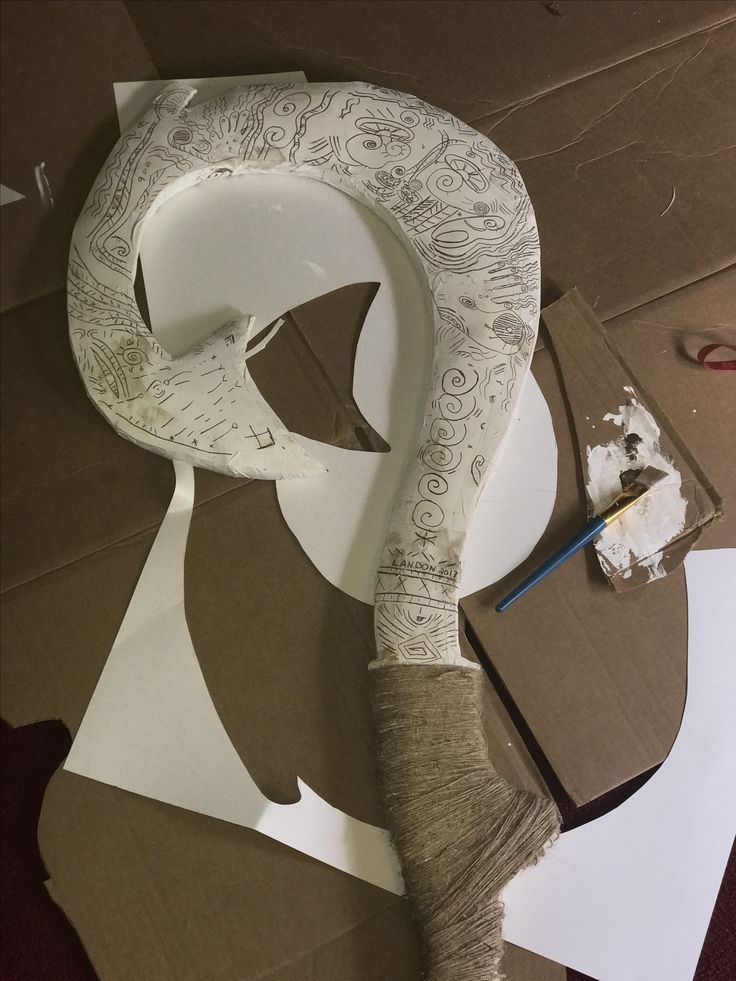 Diy maui 39 s magical fish hook made out of cardboard also for Disney s moana maui s magical fish hook