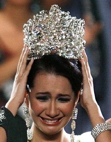 Miss Philippines Karla Henry, 22, dg ekspresi kyk begitu aja masih