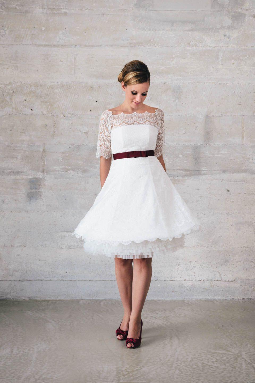 kurzes Spitzenkleid mit Petticoat   Hochzeit   Pinterest