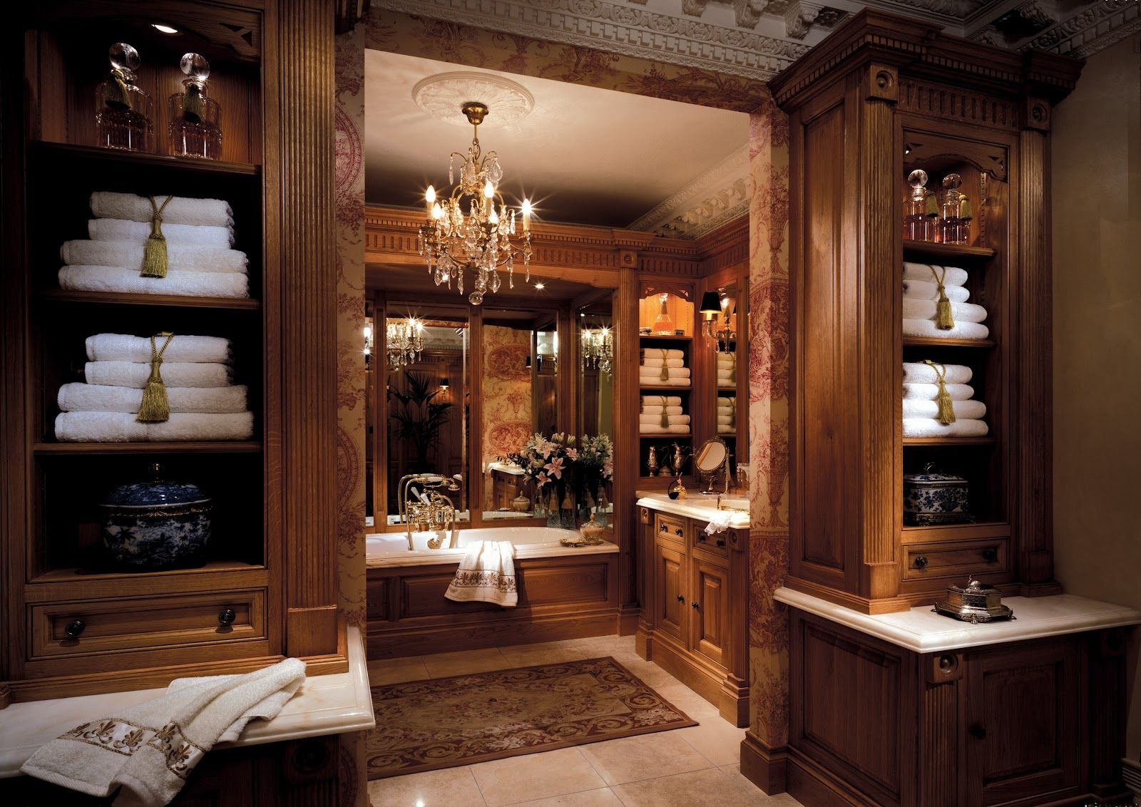 CLIVE CHRISTIAN OF NOTTINGHAM Clive Christian Luxury Bathroom