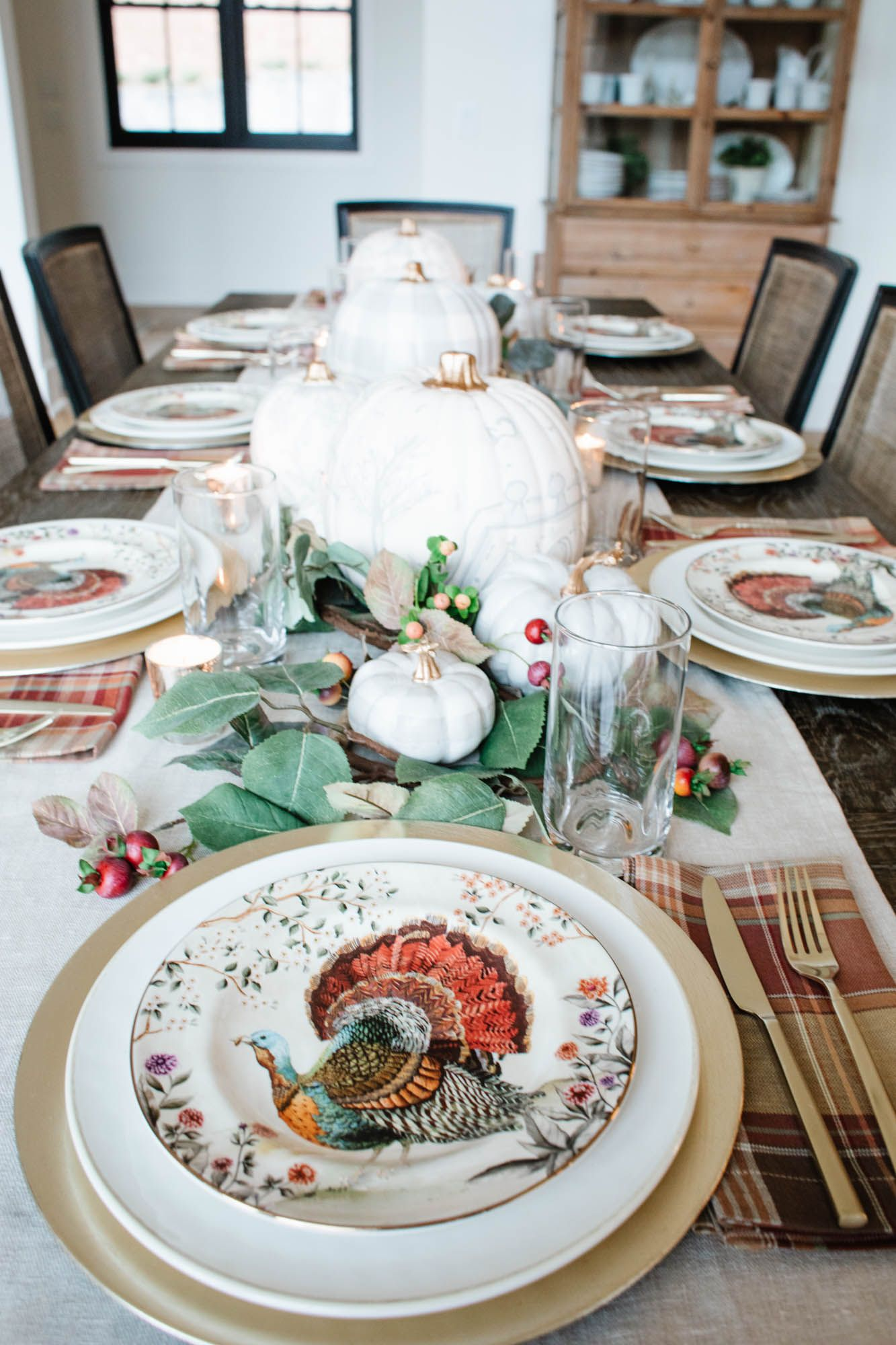 A Warm Neutral Thanksgiving Table Fit For Entertaining Holiday