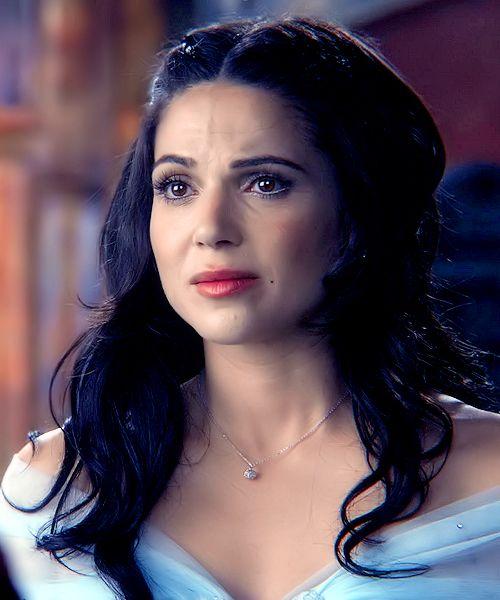 Lana parrilla young regina