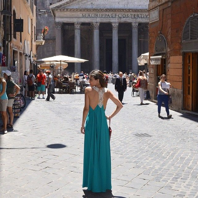 So in love with Rome!! Make up @scalegoya dress by @jesicaambrosishowroom