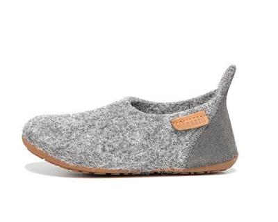 Gdzie Kupic Porzadne Kapcie Na Lata Slippers Shoes Fashion