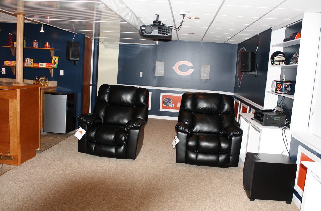 11 Best Chicago Bears Room Wo Man Caves Ideas Chicago Bears Chicago Bears Room Chicago Bears Man Cave