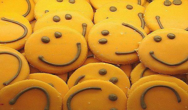 Dorm Care Packages Deliver Snacks & Smiles- #College #CarePackages Blog