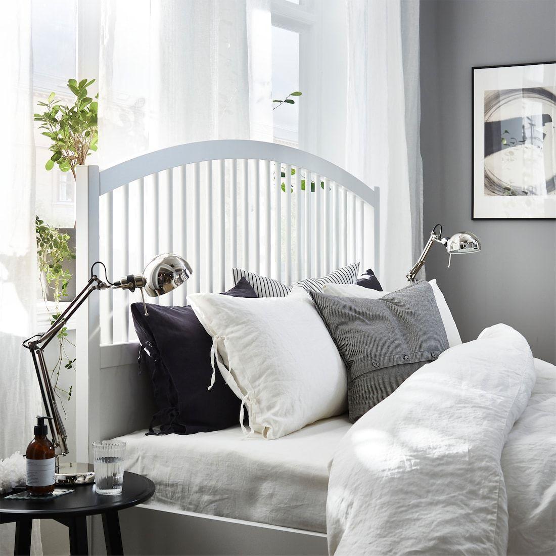 Pax Tyssedal Un Guardaroba Ricco Di Stile In 2020 Ikea Pax Ikea Bedroom Furniture