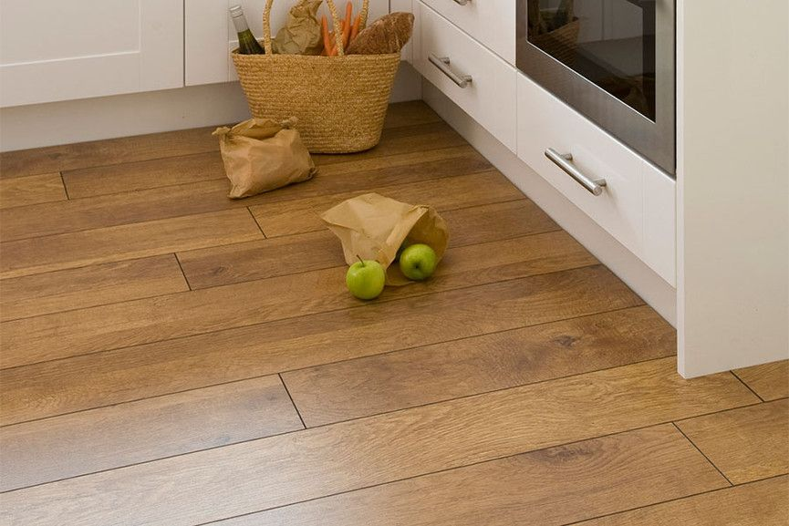 Series Woods 10mm Laminate Flooring Harvest Oak Laminate