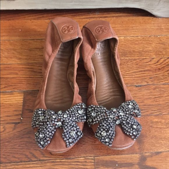 Tory Burch Crystal Embellished Embellished Embellished Ballet Flats Gently used. Paris   c01afa