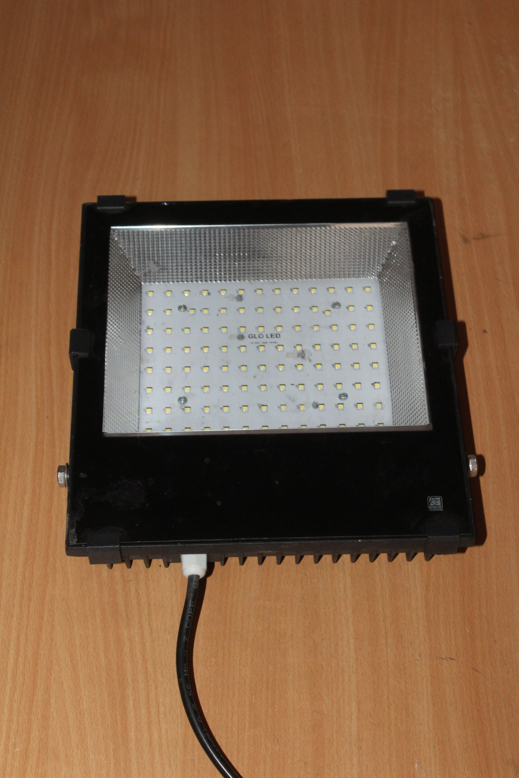 Hello Friends Glo Led Is Offering 100w Led Flood Light Best Quality With Price 3 138 Main Features Lumens Per Watt 140 Light Beam Angl Led Lighting Solutions Light Beam Lighting Manufacturers