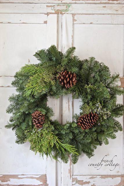 16 DIY Christmas Wreaths -