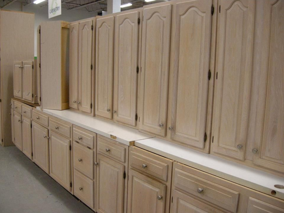 Habitat Restore Or Craigslist For Used Cabinets To Paint Habitat Restore Habitat For Humanity Kitchen Cabinets