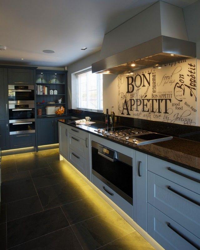 küchenwandgestaltung ideen glas spritzschutz spruch   küchen, Möbel