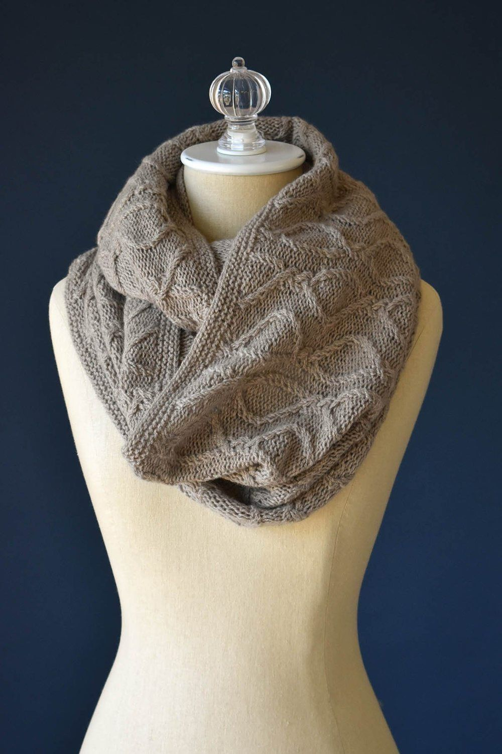 Twisted Dee Cowl | Cowl, Pattern, Knit in the round
