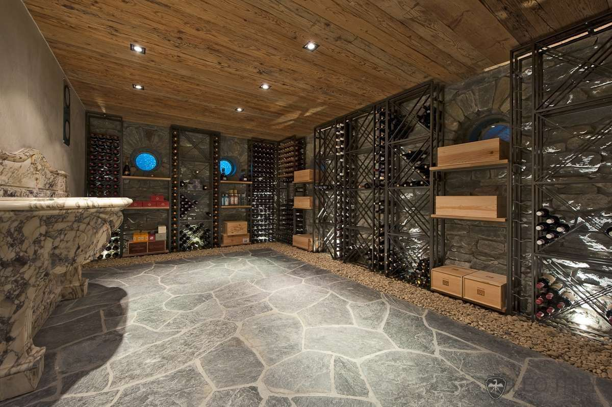 cave a vin chalet maison des vins pinterest cave. Black Bedroom Furniture Sets. Home Design Ideas