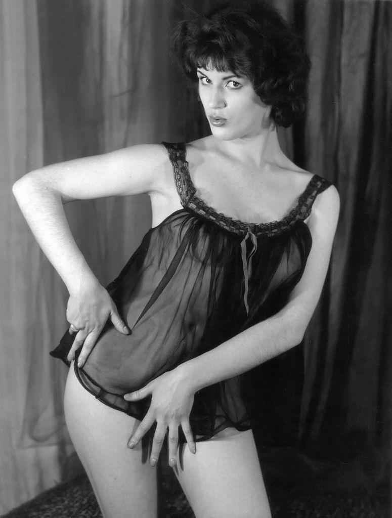 Diana wynn as charlotte - 2 part 5