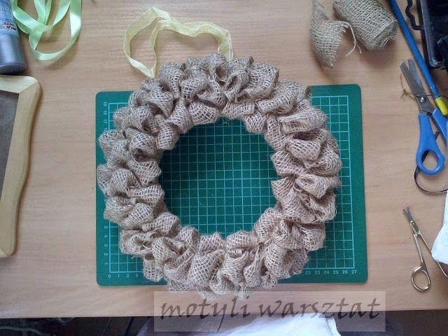 Motyli Warsztat Jak Zrobic Wieniec Z Juty Crochet Earrings Crochet Motul