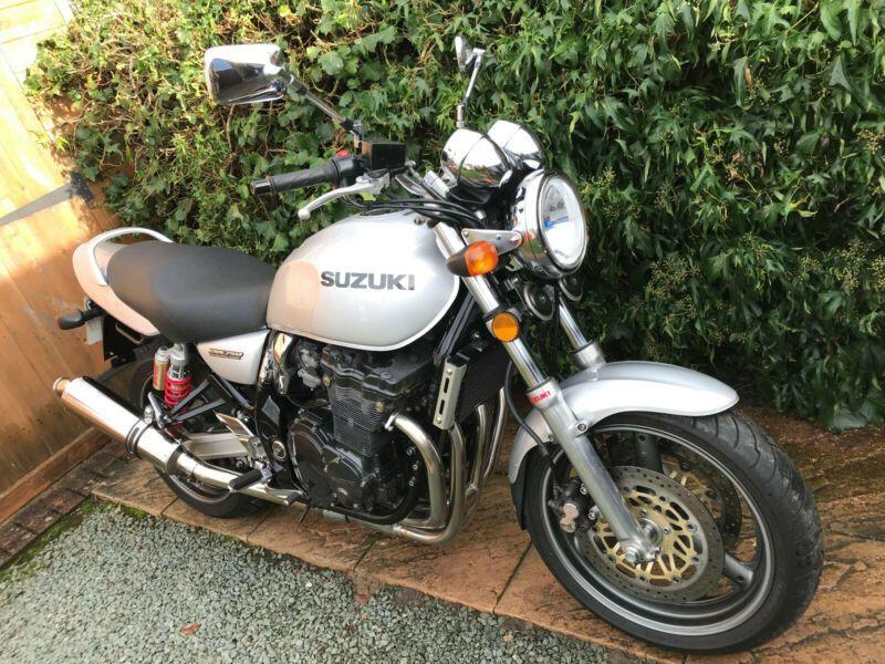 1998 Suzuki GSX750W Inazuma Naked 750cc Retro Style 1990s