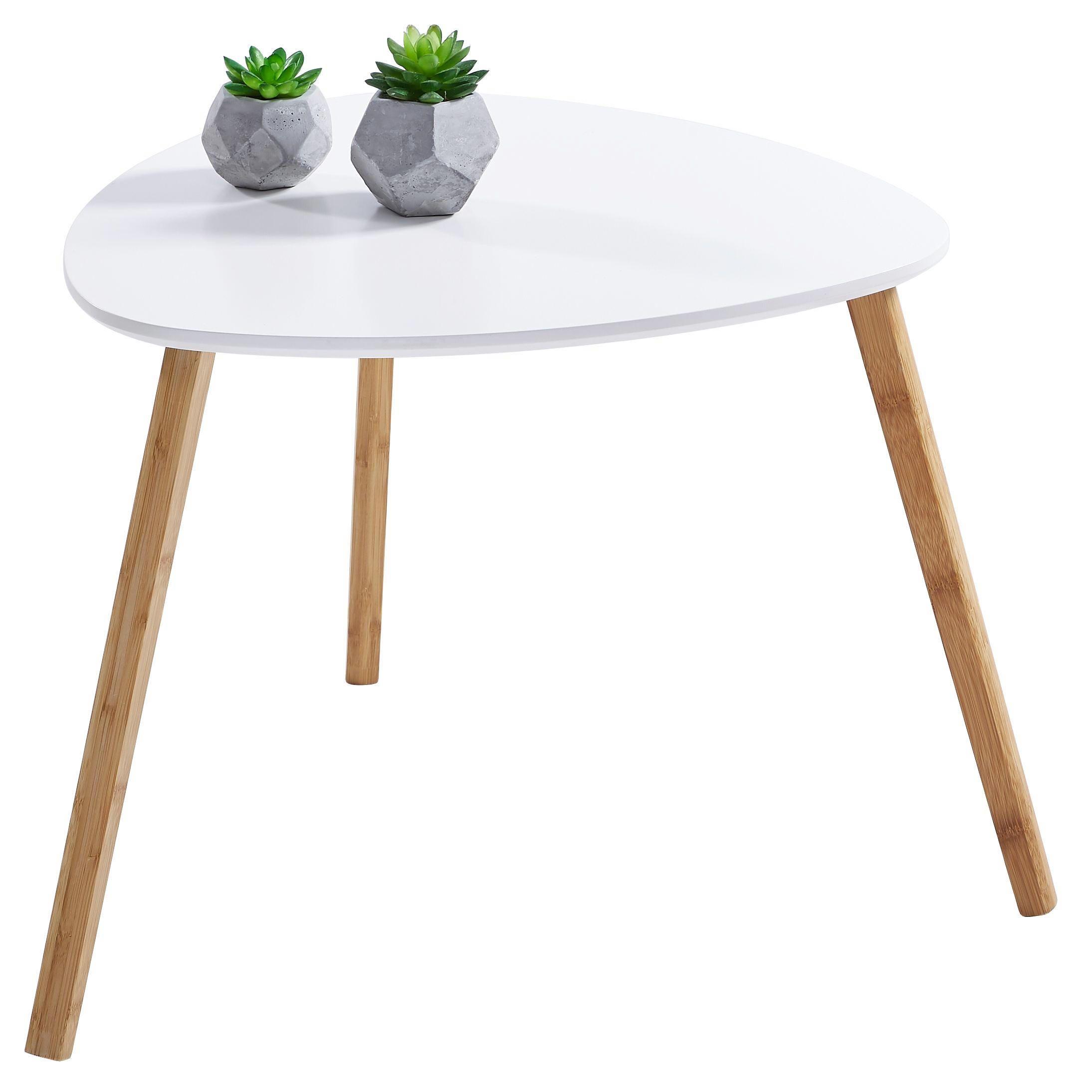 Dem Skandinavischen Stil Verpflichtet Setzt Dieser Beistelltisch Aus Bambus Teilmassiv Mit Weiss Lackierter Platte Auf Beistelltische Beistelltisch Naturfarben