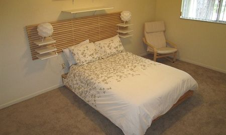 Pinetree Gardens Apartments Conveniently Located In The Heart Of