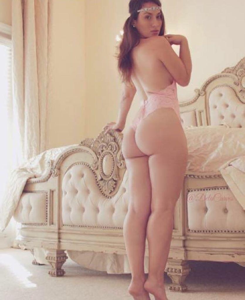 Nude asian girl panties