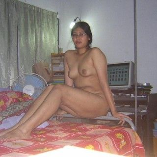 Lonely Housewife Pics 7
