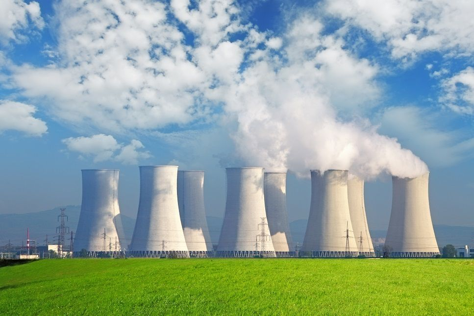 extending nuclear power plant licenses would help USA reach clean energy goals