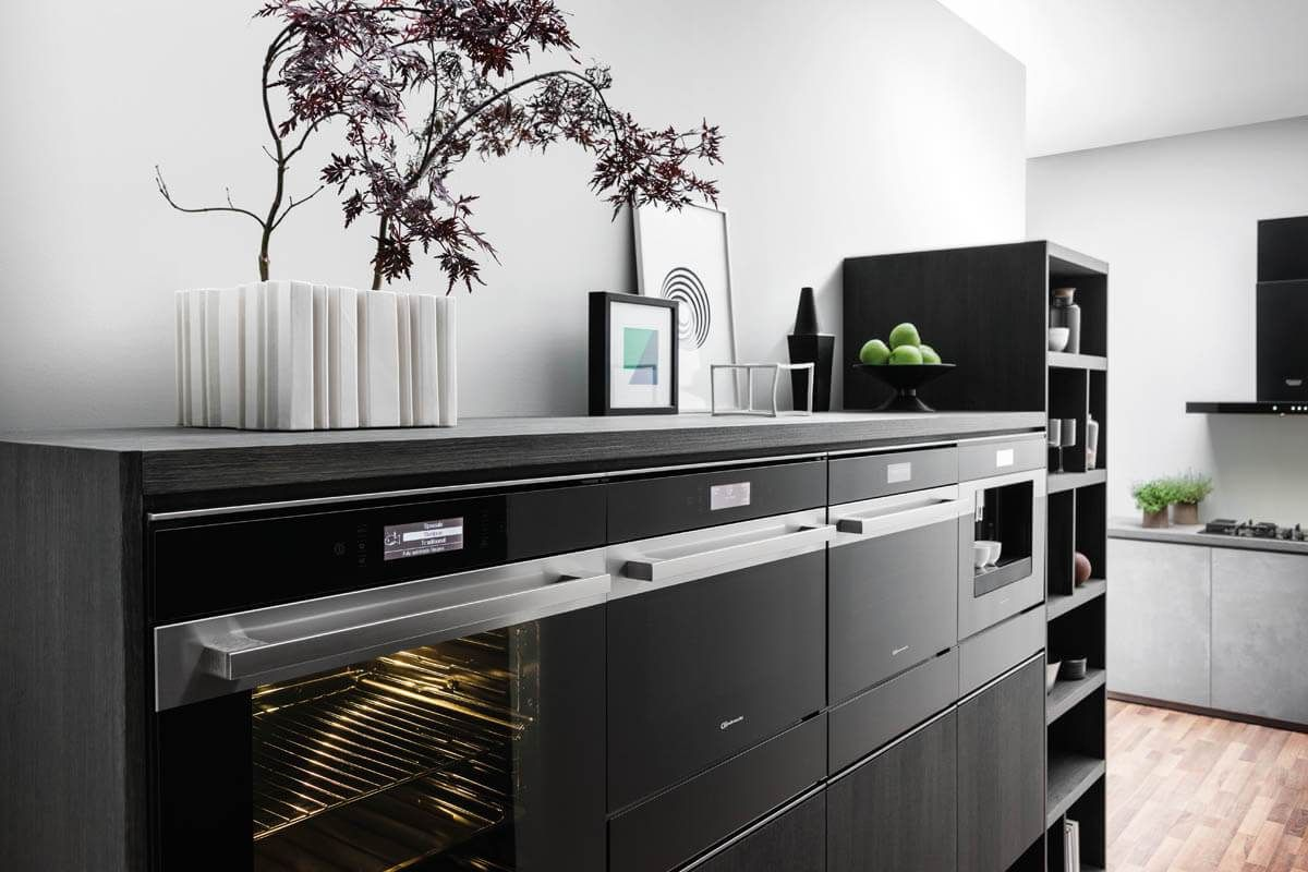 Bosch Küchengeräte: Bilder & Infos zu Backöfen, Kochfeldern ...