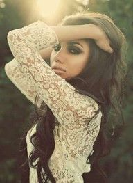 smokey eyes, lace and long dark curly hair. to die for.