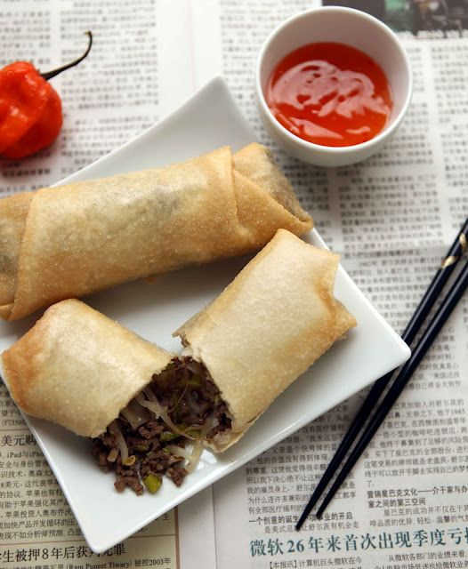 egg rolls with sweet and sour sauce