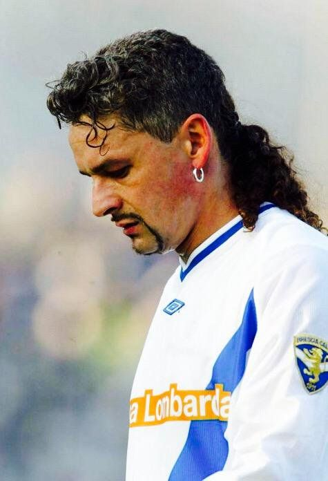 These Soccer Mullets Will Make You Want To Grow One Too Roberto Baggio Soccer Hairstyles Soccer Hair