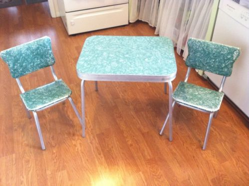 Vintage/Antique Formica Laminate Chrome Childrens Table And Chairs - Vintage/Antique Formica Laminate Chrome Childrens Table And Chairs