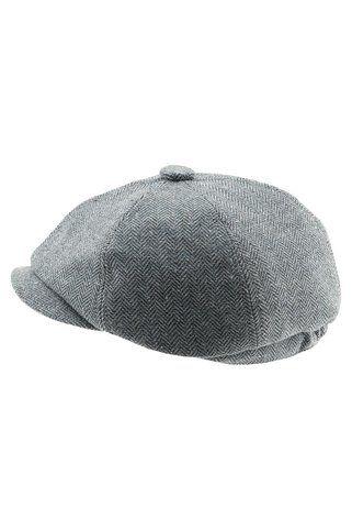 Gatsby cap.