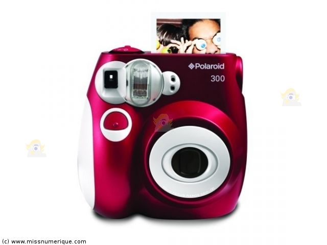 polaroid pic 300 appareil photo instantan rouge appareil photo instantan polaroid appareil. Black Bedroom Furniture Sets. Home Design Ideas