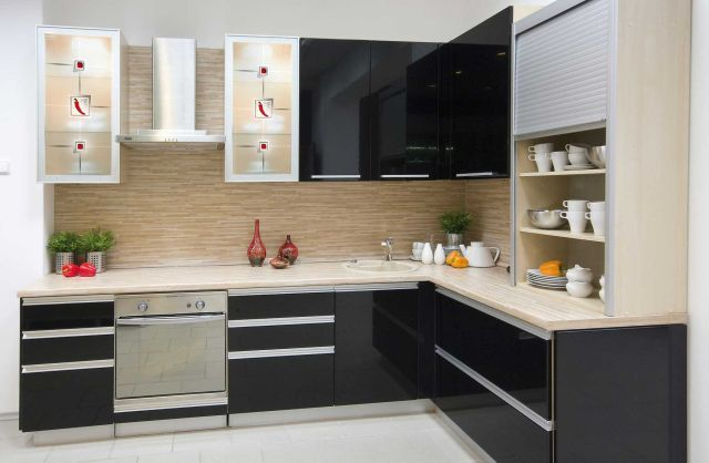 Cocinas integrales modernas modelo lacado negro beige.jpg (640×418 ...