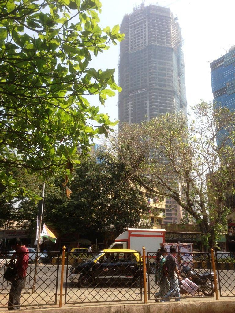 Rich and poor Mumbai