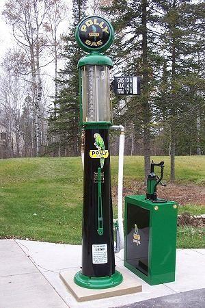 Wayne 615 Restored In Polly | Save money | Vintage gas pumps, Gas