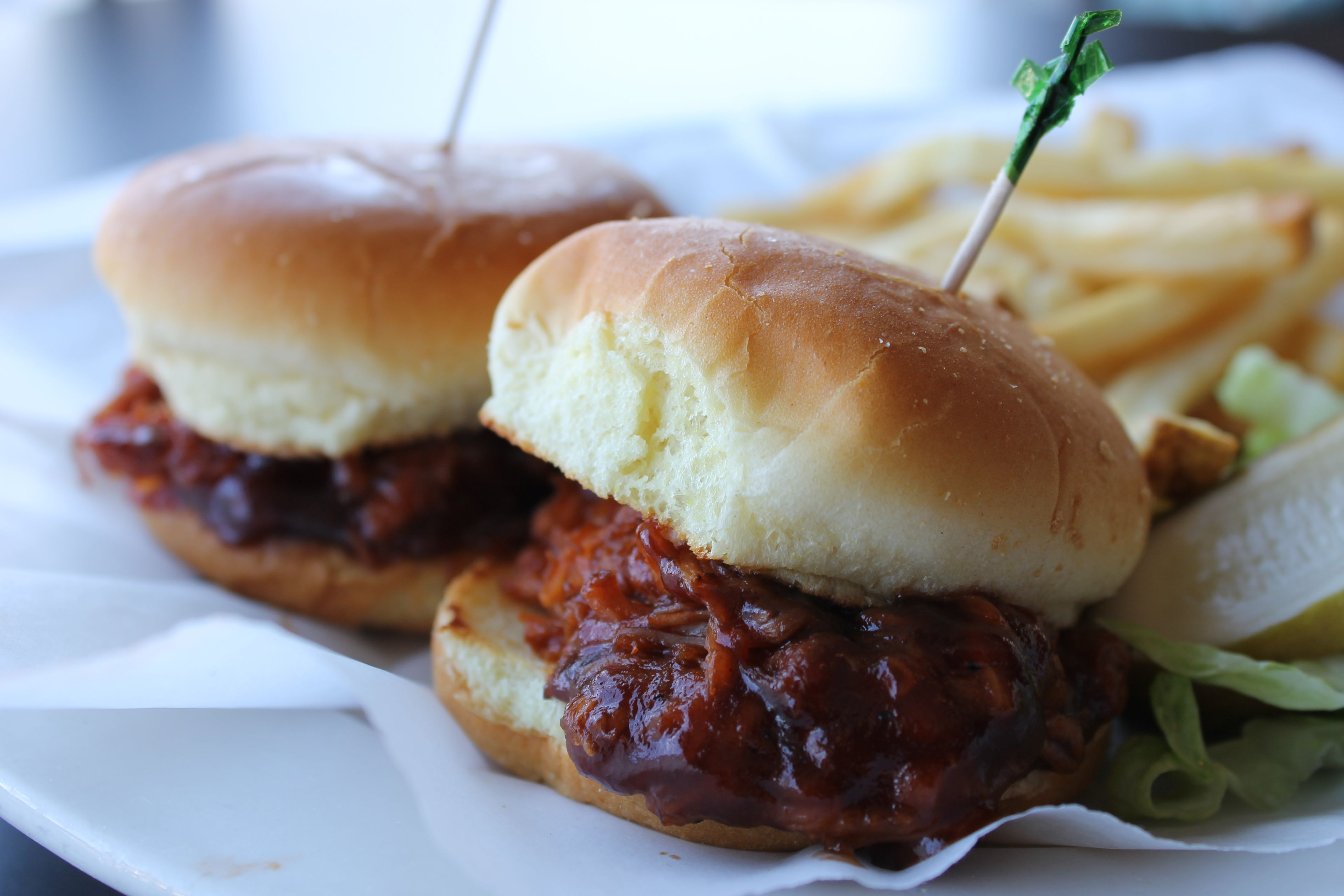 BBQ Pulled Chicken Sandwich | IN - Delicious Dishes from Local IN Res ...
