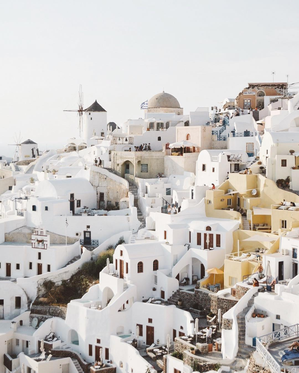 A Beginner's Guide to Greek Island Hopping With a Group #greekislands