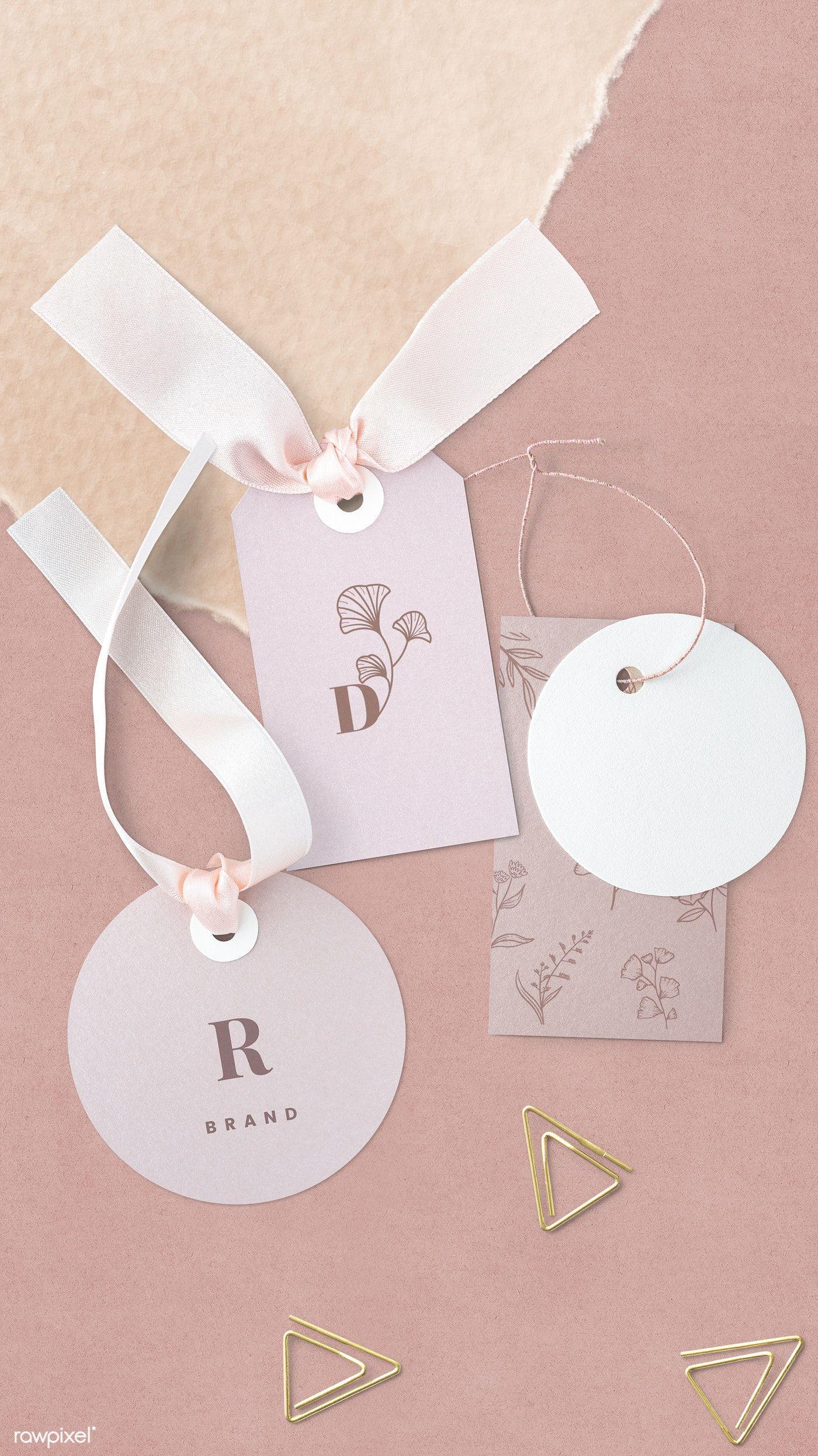 Photo of Download premium psd of Pink floral design label mockup 1202112